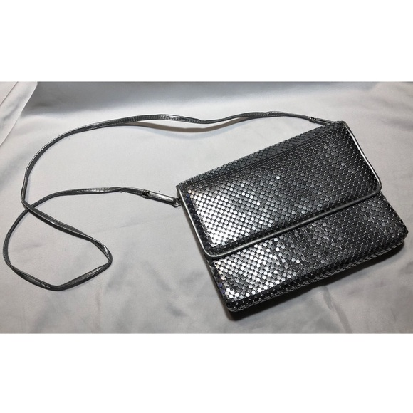 Whiting & Davis Handbags - Vintage Whiting & Davis Silver Mesh Bag